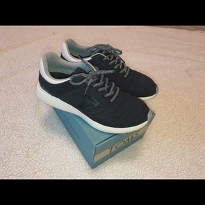 Toms Shoes - TOMS Arroyo Sneaker